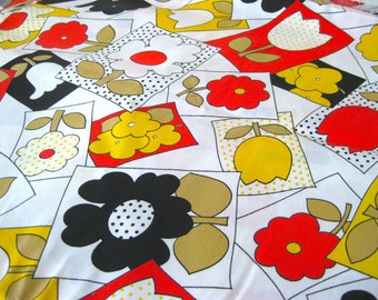"""Vintage Fabric - Groovy Flowers - Red, Yellow, Tan & Black - By the Yard x 44""""W - 70's  - Retro - Sewing Material - Craft Supply - Yardage"""