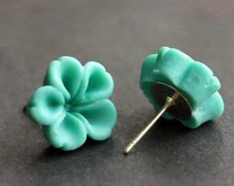 Turquoise Flower Earrings. Turquoise Earrings. Silver Post Earrings. Innie Flower Button Jewelry. Stud Earrings. Handmade Jewelry