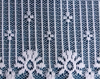 Reduced 1/2 price ... Beautiful Vintage Wide White Lace 8 yds 2 ft