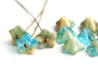 Glass Flower beads - Mixed Blue and Beige czech flower beads, trumpet, five petals, blue bell - 6x9mm - 15Pc - 1592