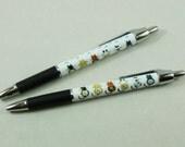 One Kitty Paw Pen