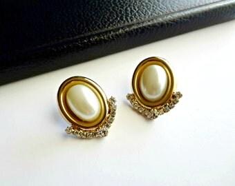 Vintage Cabochon Pearl & Rhinestone Chevron Post Earrings Goldtone Setting