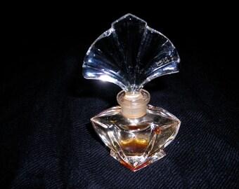 Glass perfume bottle with fan shaped stopper