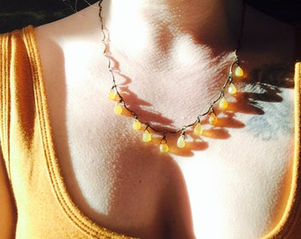 Sundrops ... yellow jade necklace