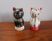 Vintage 1960s Napco Cat Salt and Pepper Shakers Googly Eye Salty Peppy Cat Home Decor