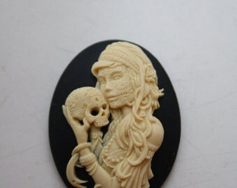 DAY of the DEAD Sugar Skull Skeleton Lady Cameo Cabs Cabochon Day of the Dead Dia de los Muertos Skull Black Ivory 40x30mm 1 PIECE
