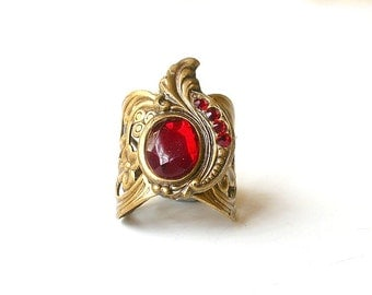 Sultan's Turban Ruby Ring - Victorian Gothic Jewelry