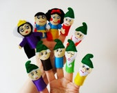 Snow White and the Seven Dwarfs Complete Finger Puppet Set- Felt Finger Puppet Set of 10 for Kids- Fairy Tale Creative Play