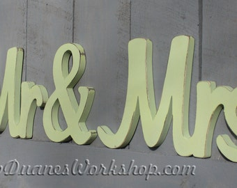 MR & MRS wooden sign, sweetheart table, wedding, DIY option