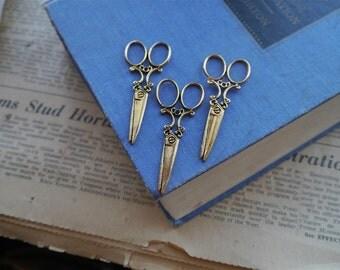 CLEARANCE 4 pcs Antique Gold LARGE Scissor Charm 60mm (GC1032)