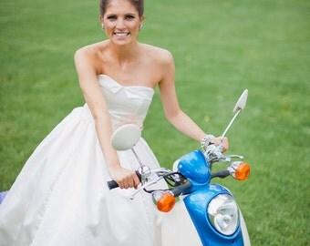 SAMPLE SALE /// Tea Length, sweetheart neckline with bubble hem Wedding gown /// Grace Gown