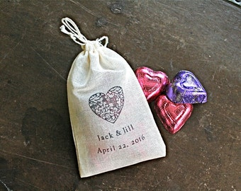 Personalized wedding favor bags. Set of 50 hand stamped cotton bags. 3x4.5. Classic damask heart with custom names and wedding date.