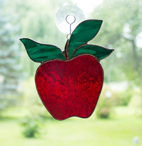 Red Apple Stained Glass Suncatcher, Window Ornament, Teacher Gift, Apple Kitchen Decor, Hanging Decorations, Garden Art, Sun Catcher