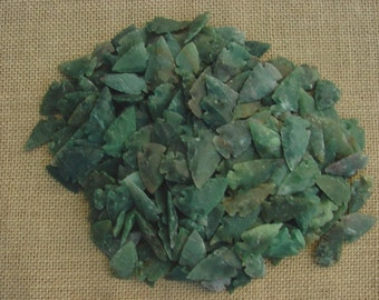 10 stone arrowheads reproduction dark green arrowheads points arts,crafts,necklaces,earrings,wire wrapping,scrapbooking, projects crafting