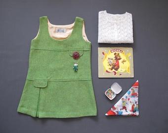 6 Y - German Vintage Green Wool Pinafore dress for girl, sixties, seventies