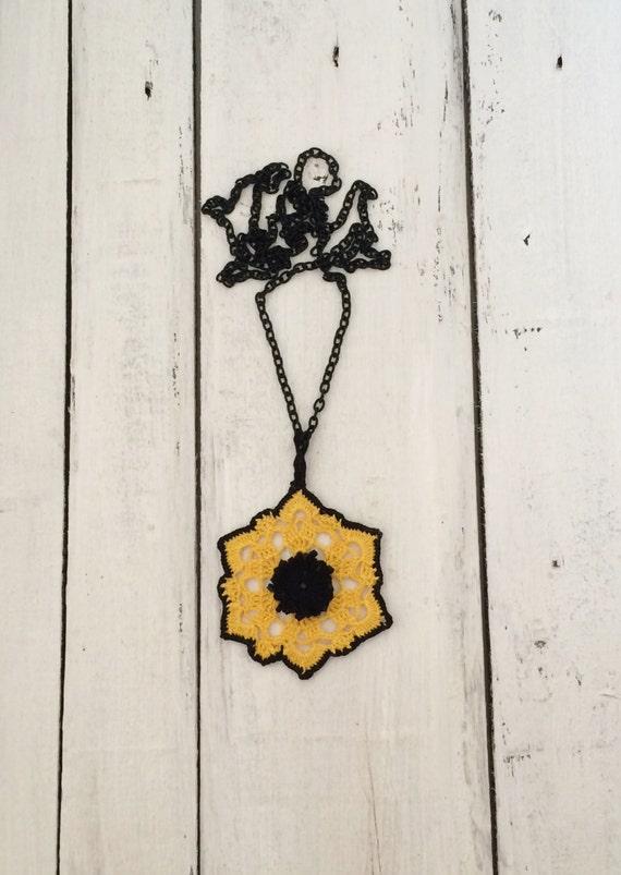Yellow Crochet Pendant, Oya Beaded Necklace, Gift For Her, Women's Gift, Jewelry Gift, Crochet Jewelry, Beadwork Jewelry, ReddApple