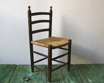 Italian children's wooden chair with wicker seat