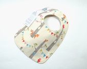 Organic baby bib / Woodland animals baby / Organic cotton / Gender neutral baby /fits 3 months to 2 years plus