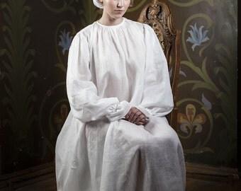 Medieval Sleep Robe - Traditional Central Europe Costume XVI Сentury; batiste sleep; linen sleep