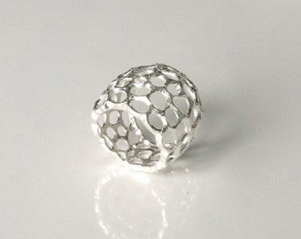 Eco Conscious Design Bubble Corals Reef Ring. Creative modern sterling silver handmade ring.