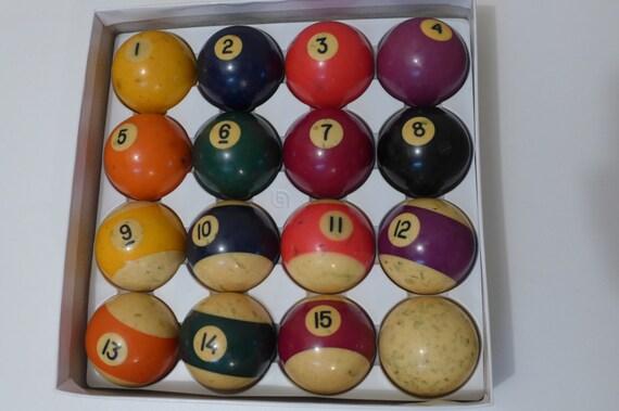 Belgian Aramith Billiard Balls Complete Set With Cue Ball