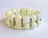 Green Natural Quartzite Bracelet with Silver Flower Spacers/ Stretch Bracelet /Women's Bracelet - ButterflyWarriors