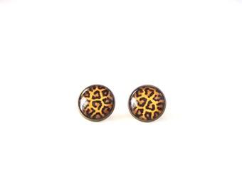 18mm Leopard Earrings, Leopard Post Earrings, Leopard Stud Earrings, Leopard Cabochon Studs, Animal Earrings, Leopard Jewelry Animal Jewelry