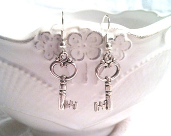 Skeleton Key Earrings - Skeleton Key Jewelry (Lead and Nickel Free)