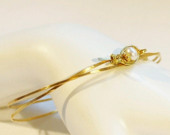 Pearl bangle bracelet, hammered brass stacking June birthstone bangle with cultured freshwater pearl
