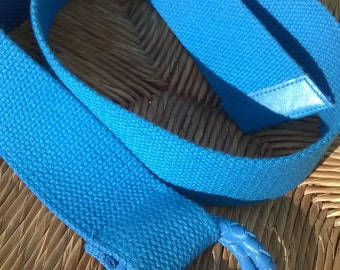 80s woven bright blue belt