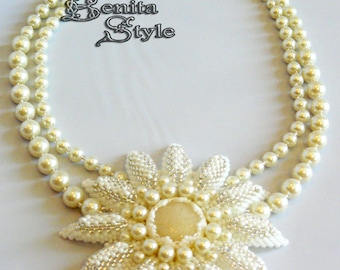 Wedding flowers necklace, beadwork, beaded, bead embroidery, peyote, statement jewelery, champagne agate cabochon