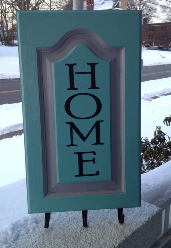 Entryway sign with key hooks by Redesign10 on Etsy