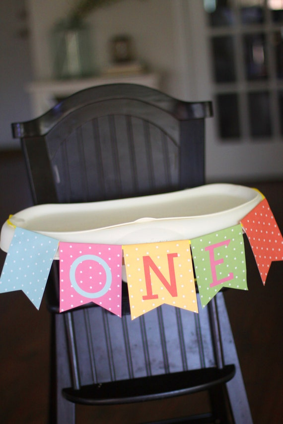 Printable high chair banner - One - Pennant banner - Polka dot party - Sprinkles party - Confetti party - First birthday - Customizable