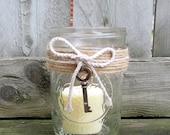 Rustic Wedding Light / Mason Jar Wedding Candle Holder / Country Wedding Decoration / Skeleton Key Wedding Decor / Antique Gold Key / Jute