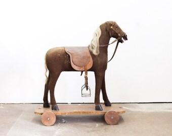 Large English Horse Pull Toy