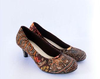 Authentic handpainted Indonesian Batik in cute heels