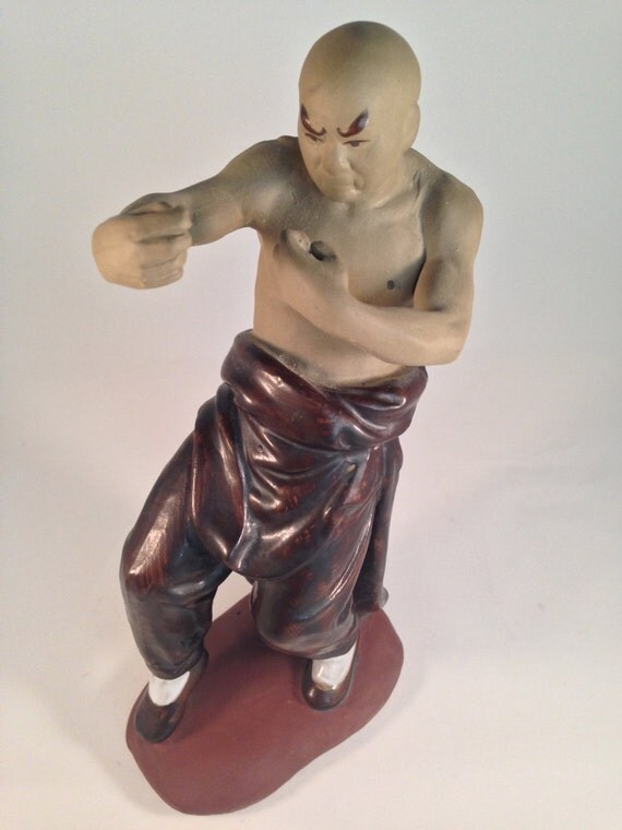 rare vintage kung fu fighter ceramic collectible figurine man. Black Bedroom Furniture Sets. Home Design Ideas