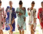 SALE Set of 6 satin robes, Bridesmaid Robe, Silk Robe, Bridesmaid gift, Bride to be, Bridal Shower, Personalized Custom Kimono Bath Robes