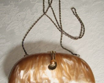 Gorgeous Vintage Elan Hard Shell Pearlized Evening Bag