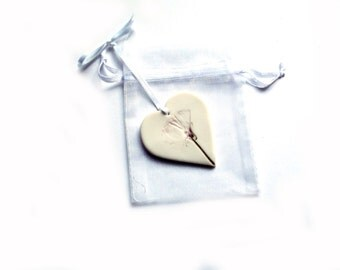 Handmade Hanging Heart Wedding Favo urs in Organza Bags - Porcelain ...