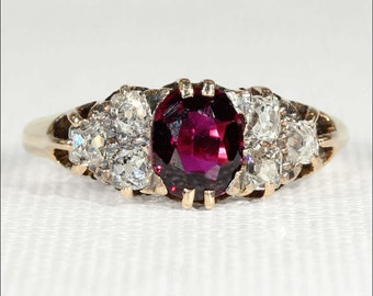 Antique Victorian Garnet and Diamond Ring, 18k Gold c. 1890