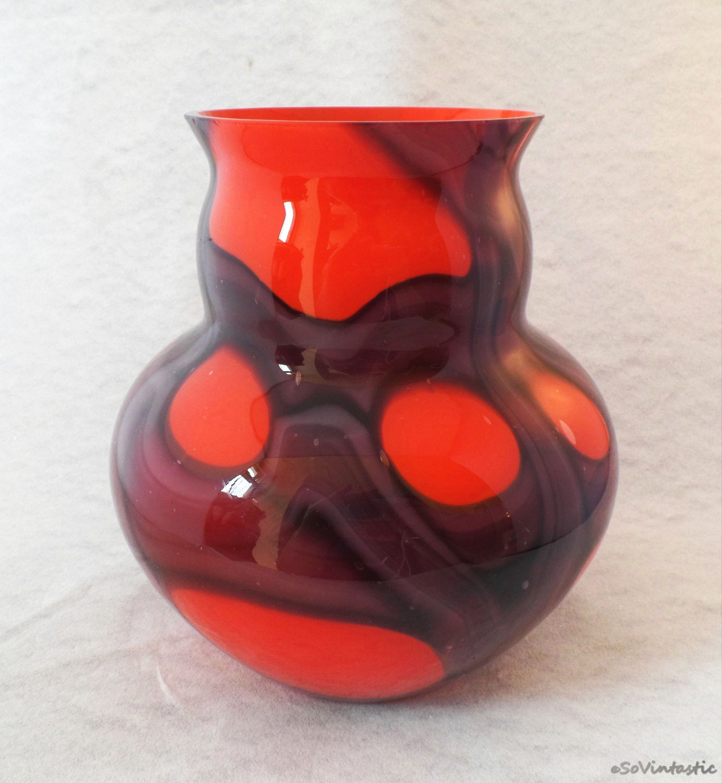 Kralik web vase czech kralik vase orange and purple vase for Orange vase