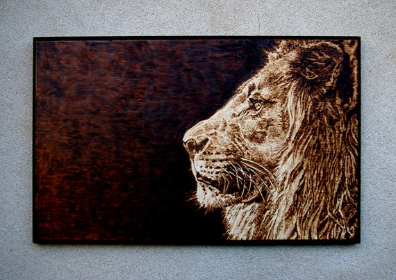 art de pyrogravure lion r aliste. Black Bedroom Furniture Sets. Home Design Ideas