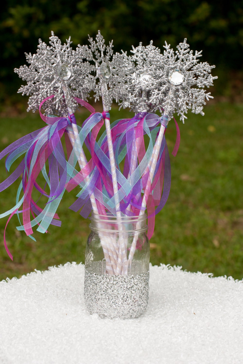 20 frozen snowflake party wands by gracesgardens on etsy for Birthday wand