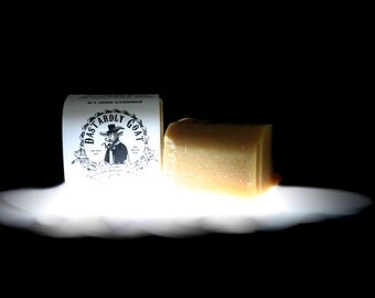 Raw goat milk soap (4 oz.)
