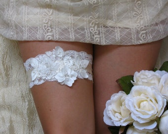BELL Style- SALE- Lace Wedding Garter, Wedding garter, Wedding garter set, Lace bridal garter, White lace garter, White garter, Lace garter
