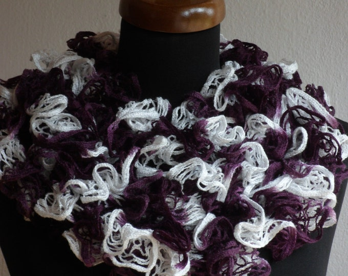 Ruffle scarf, Frilly scarf, Knitted scarf, Purple White scarf, Fashion scarf, Mother's Day gift, Spring Accesories, Women scaf, SALE!!!