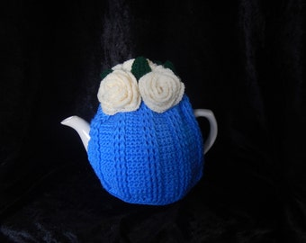 Roses Tea Cosy Sky Blue and Cream