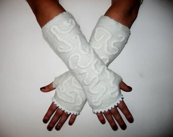 White  FELTED  Fingerless Mittens Wool Womens Gloves Snow  Wedding