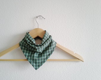 Green Plaid Baby Bibdana, Christmas Bandana Bib for Baby